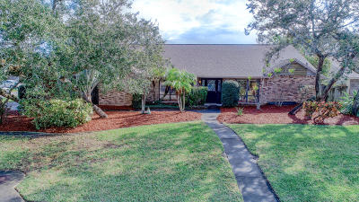 Indialantic Single Family Home For Sale: 385 Mosswood Boulevard