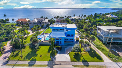 Melbourne Beach Single Family Home For Sale: 7904 S Highway A1a