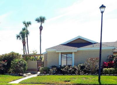 Palm Bay Townhouse For Sale: 1461 Sheafe Avenue NE #101