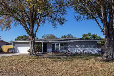 Single Family Home For Sale: 7640 Northern Oak Street