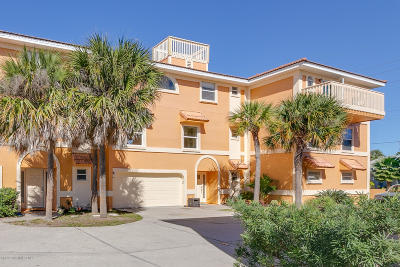 Cocoa Beach Condo For Sale: 428 S Orlando Avenue #D