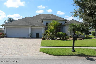 Palm Bay Single Family Home For Sale: 105 SE Ridgemont Circle SE