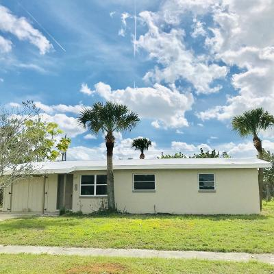 Merritt Island Single Family Home For Sale: 1505 Glen Haven Drive