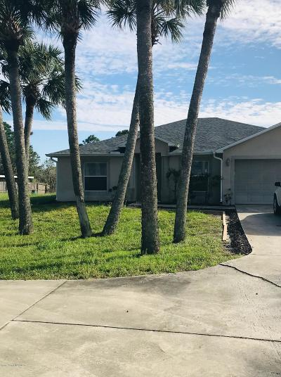 Cocoa Single Family Home Contingent: 5145 Areca Palm Street