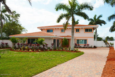 Cocoa Single Family Home For Sale: 1754 Bay Shore Drive