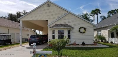 Titusville Single Family Home For Sale: 706 Plantation Drive