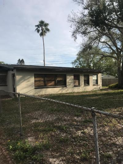 Merritt Island Single Family Home For Sale: 511 Palm Avenue