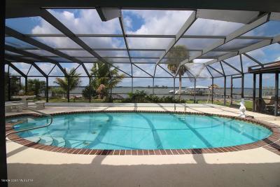 Merritt Island Single Family Home For Sale: 415 Rio Vista Lane
