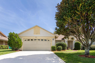 Melbourne Single Family Home For Sale: 2403 Windham Drive