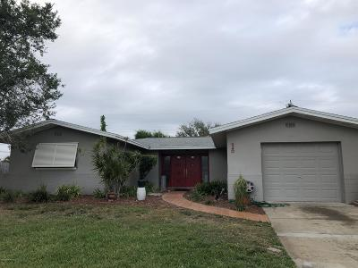Merritt Island Single Family Home For Sale: 540 Sabal Avenue