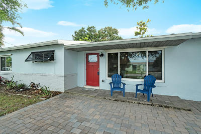 Brevard County Single Family Home For Sale: 430 Nautilus Drive