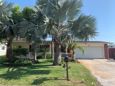 Satellite Beach Single Family Home For Sale: 450 Cassia Boulevard