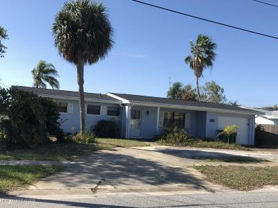 Merritt Island Single Family Home For Sale: 1355 Plum Avenue