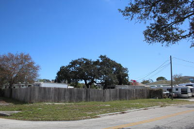 Residential Lots & Land Contingent: 1601 Cypress Avenue