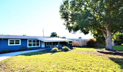 Cocoa Beach, Melbourne Beach, Cape Canaveral, Indian Harbour Beach, Indialantic, Port Canaveral, Satellite Beach Single Family Home For Sale: 372 W Dover Street