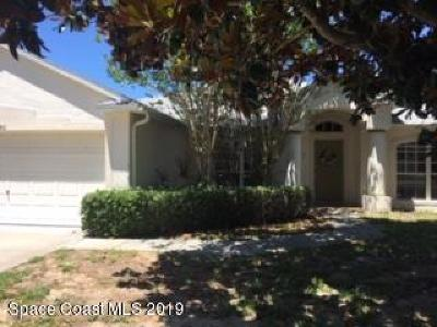 Titusville Single Family Home For Sale: 5550 Meadow Oaks Avenue
