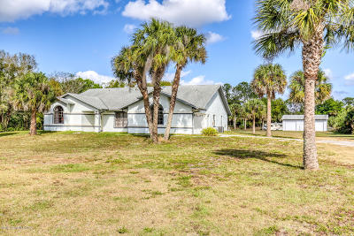 Cocoa Single Family Home For Sale: 5435 Pine Street