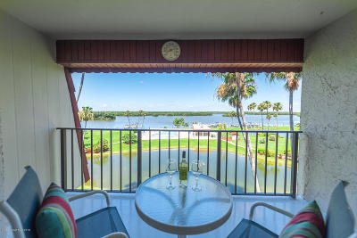 Cocoa Beach Condo For Sale: 760 S Brevard Avenue #416