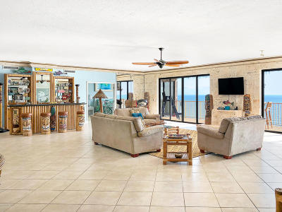 Cocoa Beach Condo For Sale: 750 N Atlantic Avenue #3
