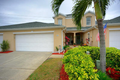Indian Harbour Beach Townhouse For Sale: 809 Veronica Court