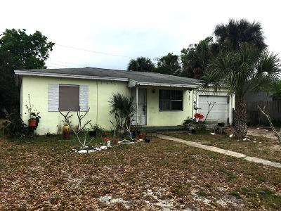 Cocoa Single Family Home For Sale: 1051 Olive Street