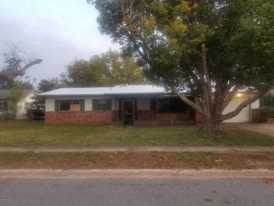 Titusville Single Family Home For Sale: 3220 Avon Lane