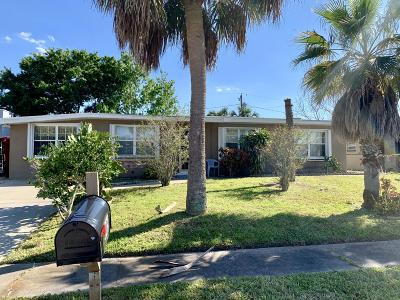 Melbourne FL Single Family Home For Sale: $149,000