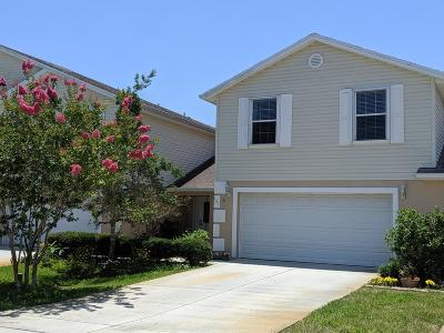 Titusville Townhouse For Sale: 521 Arbor Ridge Lane