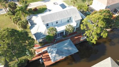 Merritt Island Single Family Home For Sale: 1620 Yount Drive