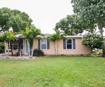 Vero Beach Single Family Home For Sale: 5645 39th Street