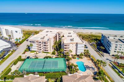 Indialantic, Melbourne, Melbourne Beach, Satellite Beach, Cocoa Beach, Cape Canaveral Condo For Sale: 425 Pierce Avenue #501
