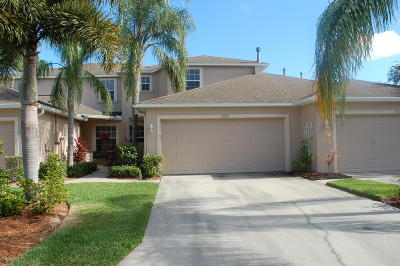 Palm Bay Townhouse For Sale: 2008 SE Muirfield Way SE