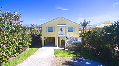 Vero Beach Single Family Home For Sale: 12576 Hwy A1a