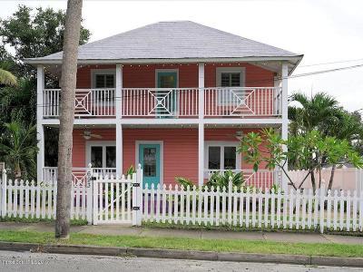 Half Duplex For Sale: 693 Law Street