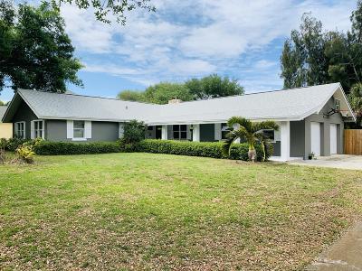 Merritt Island Single Family Home For Sale: 1220 Two Oaks Boulevard