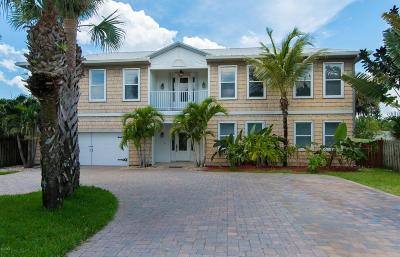 Melbourne Beach Single Family Home For Sale: 7834 Highway A1a