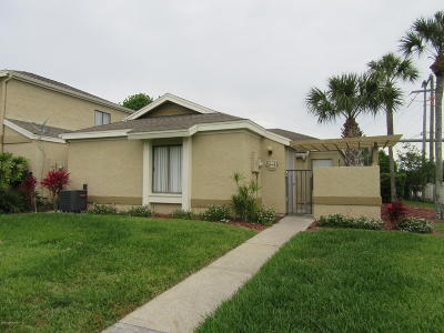 Palm Bay Townhouse For Sale: 1481 Sheafe Avenue NE #105