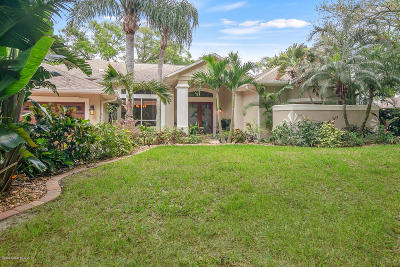 Merritt Island Single Family Home For Sale: 140 Alameda Drive