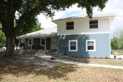Cocoa Single Family Home For Sale: 5495 Florida Palm Avenue