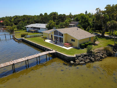 Cocoa Single Family Home For Sale: 4320 N Indian River Drive