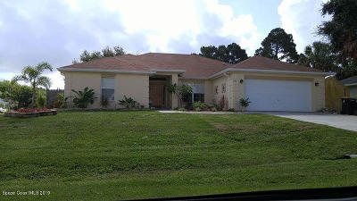 Palm Bay Single Family Home For Sale: 796 Antilles Road NE