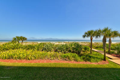 Cocoa Beach Condo For Sale: 225 N Atlantic Avenue #204