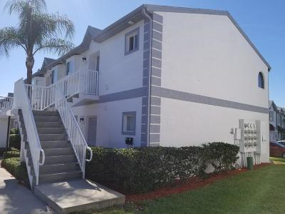 Cape Canaveral Condo For Sale: 327 Ocean Park Lane #102