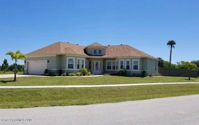 Merritt Island Single Family Home For Sale: 7157 Preserve Pointe Drive