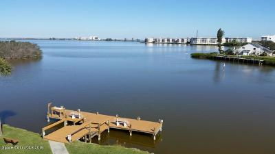 Cocoa Beach Condo For Sale: 200 S Banana River Boulevard #1302