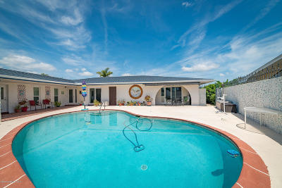 Cocoa Beach Single Family Home For Sale: 66 Danube River Drive