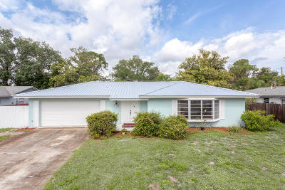 Titusville Single Family Home For Sale: 2530 Gettysburg Drive
