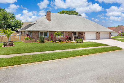 Titusville Single Family Home For Sale: 1601 Blueberry Drive
