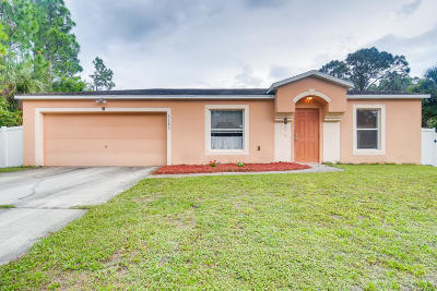 Palm Bay Single Family Home For Sale: 1123 Gawain Road SW