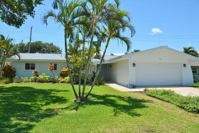 Satellite Beach, Port Canaveral, Indian Harbour Beach, Cape Canaveral, Indialantic, Cocoa Beach, Melbourne Beach Single Family Home For Sale: 331 Bahama Drive